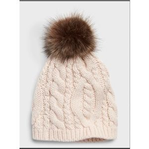 Banana Republic Cable Knit Pom Beanie Winter Hat